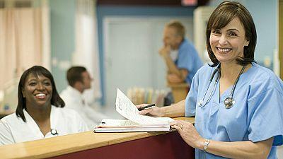Diez minutos bien empleados - Enfermería: ¿precariedad o exilio? - 28/05/18 - Escuchar ahora