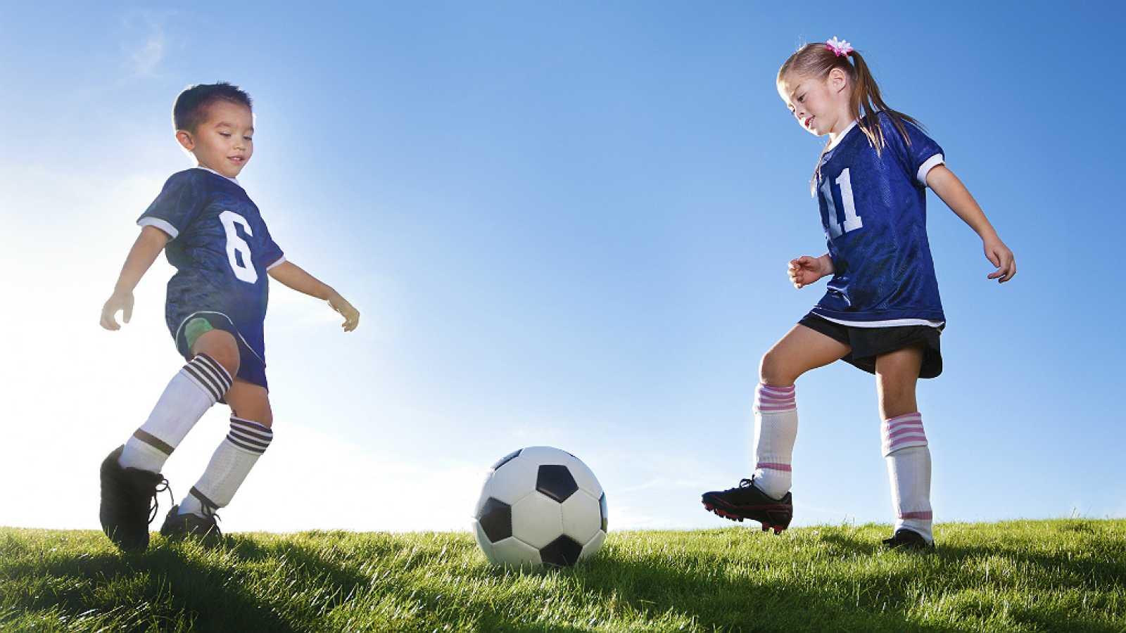 España vuelta y vuelta - Desigualdad de género en el deporte profesional y aficionado - 29/05/18 - Escuchar ahora