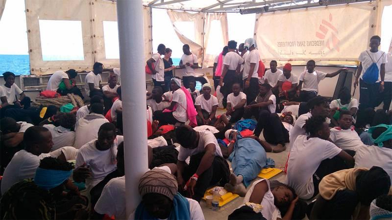 Italia no autoriza el desembarco de un buque de rescate con más de 600 migrantes a bordo