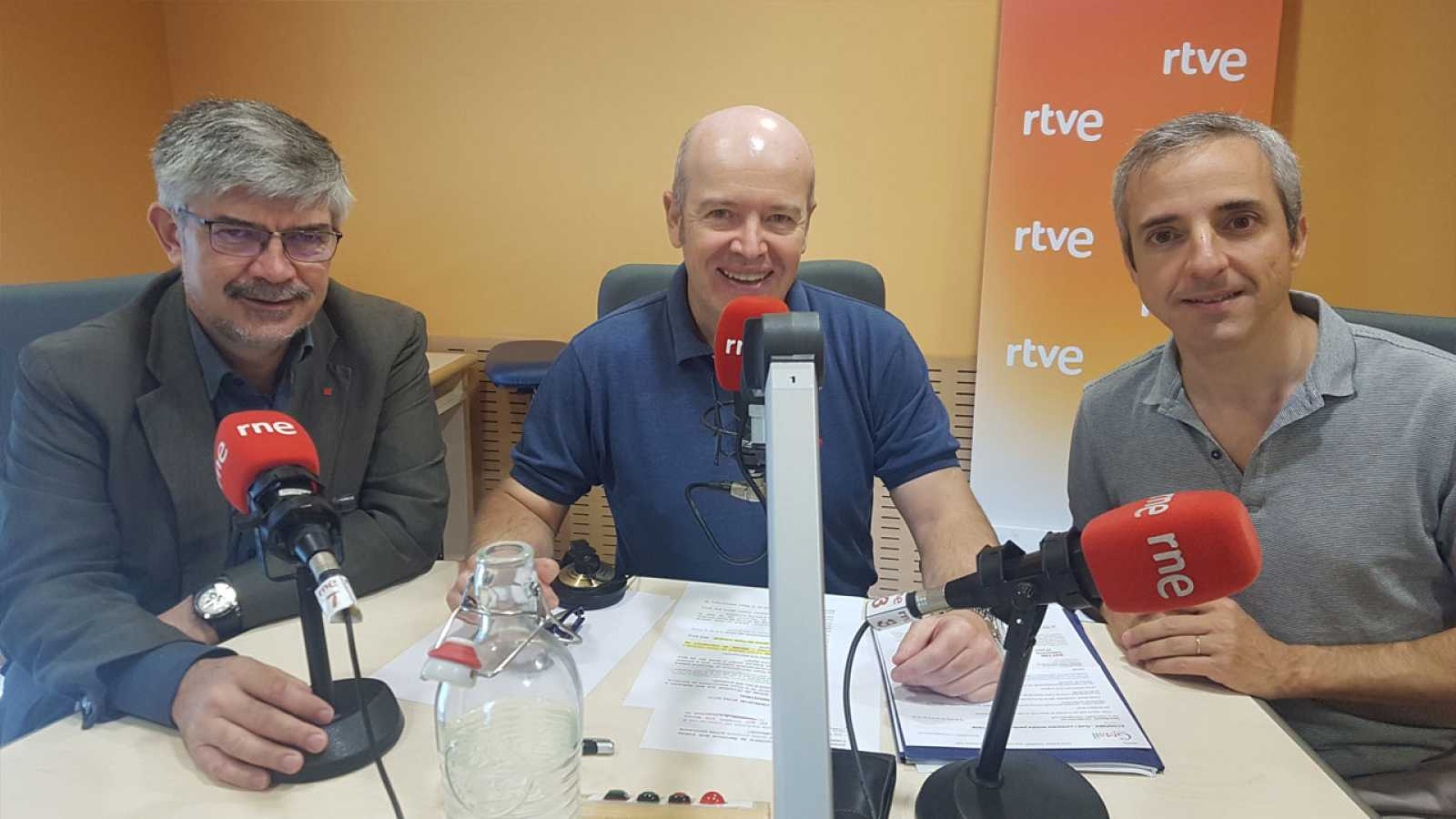 Econòmix - 'El Pacte Industrial de la Regió Metropolitana de Barcelona i la reindustrialització sostenible' amb Agustí Colom i Carles Rivera