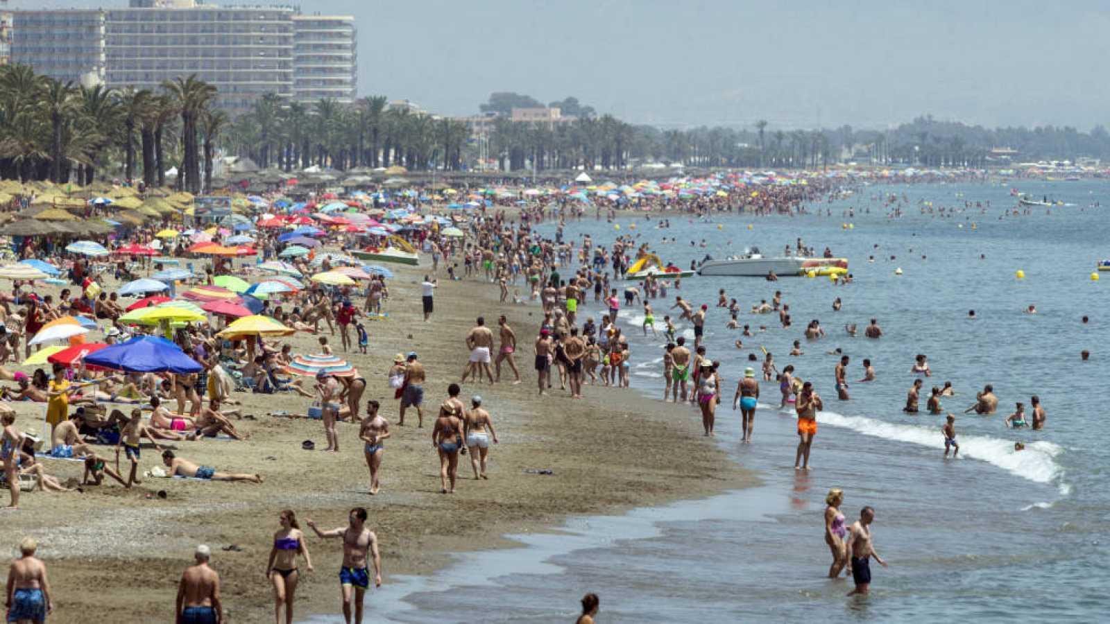 Turismo en comuidad - La Costa del Sol, un valor turístico seguro desde hace décadas - 18/07/18 - escuchar ahora