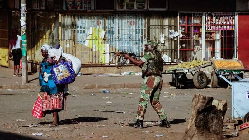 Cinco continentes - Violencia en pleno recuento en Zimbabue - 01/08/18 - Escuchar ahora