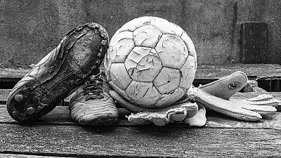 Las mañanas de RNE - Irene González, la gallega que jugaba al fútbol en falda - Escuchar ahora