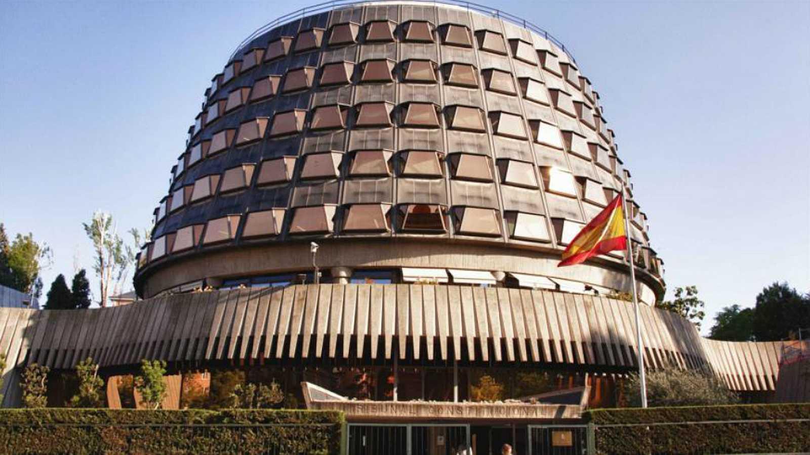 La ley es la ley - ¿Cómo se compone el Tribunal Constitucional? - 05/09/18 - Escuchar ahora