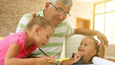 Cuaderno mayor - Los abuelos, pieza clave en la vuelta al cole de los nietos - 20/09/18 - Escuchar ahora