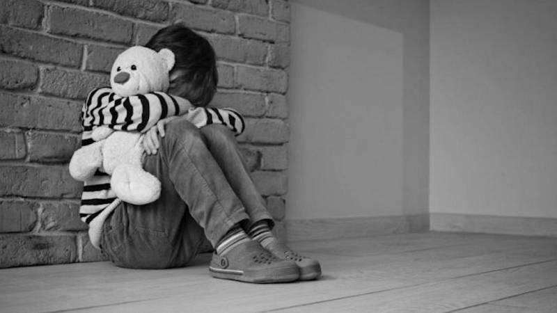 Por una ley frente a la violencia contra la infancia - Escuchar ahora