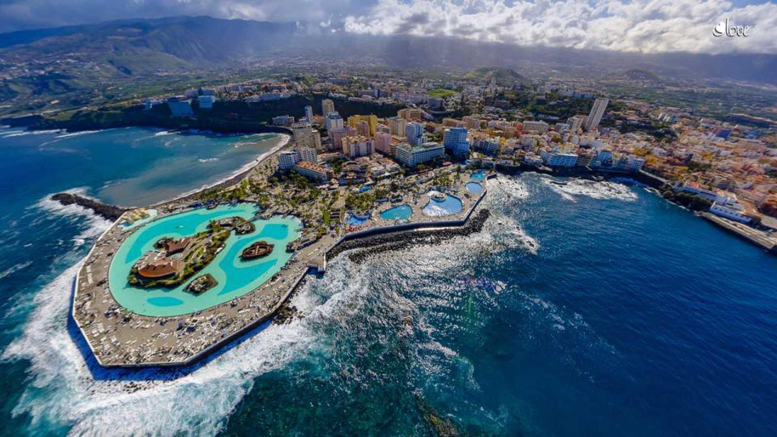 Turismo en comunidad - Tenerife desde el cielo - 13/10/18 - escuchar ahora