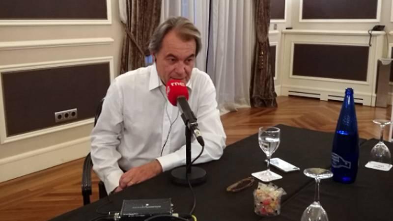 """Las mañanas de RNE con Íñigo Alfonso - Artur Mas: """"Nos quieren arruinar personalmente"""" - Escuchar ahora"""