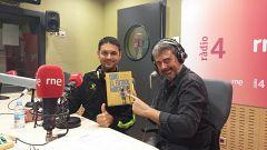 Són 4 dies- Secció A qui molestem avui?, amb Jordi Hurtado. Entrevista autors Odio el futbol moderno. Efemerides musicals.