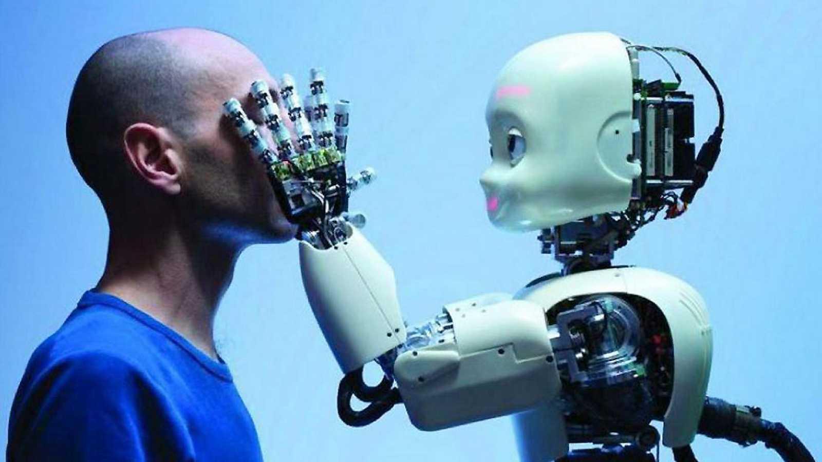 Inteligencia Artificial y desarrollo humano - Escuchar ahora