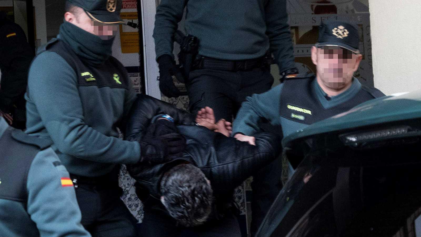 14 horas - La familia de Laura Luelmo pedirá prisión permanente revisable para su asesino - Escuchar ahora