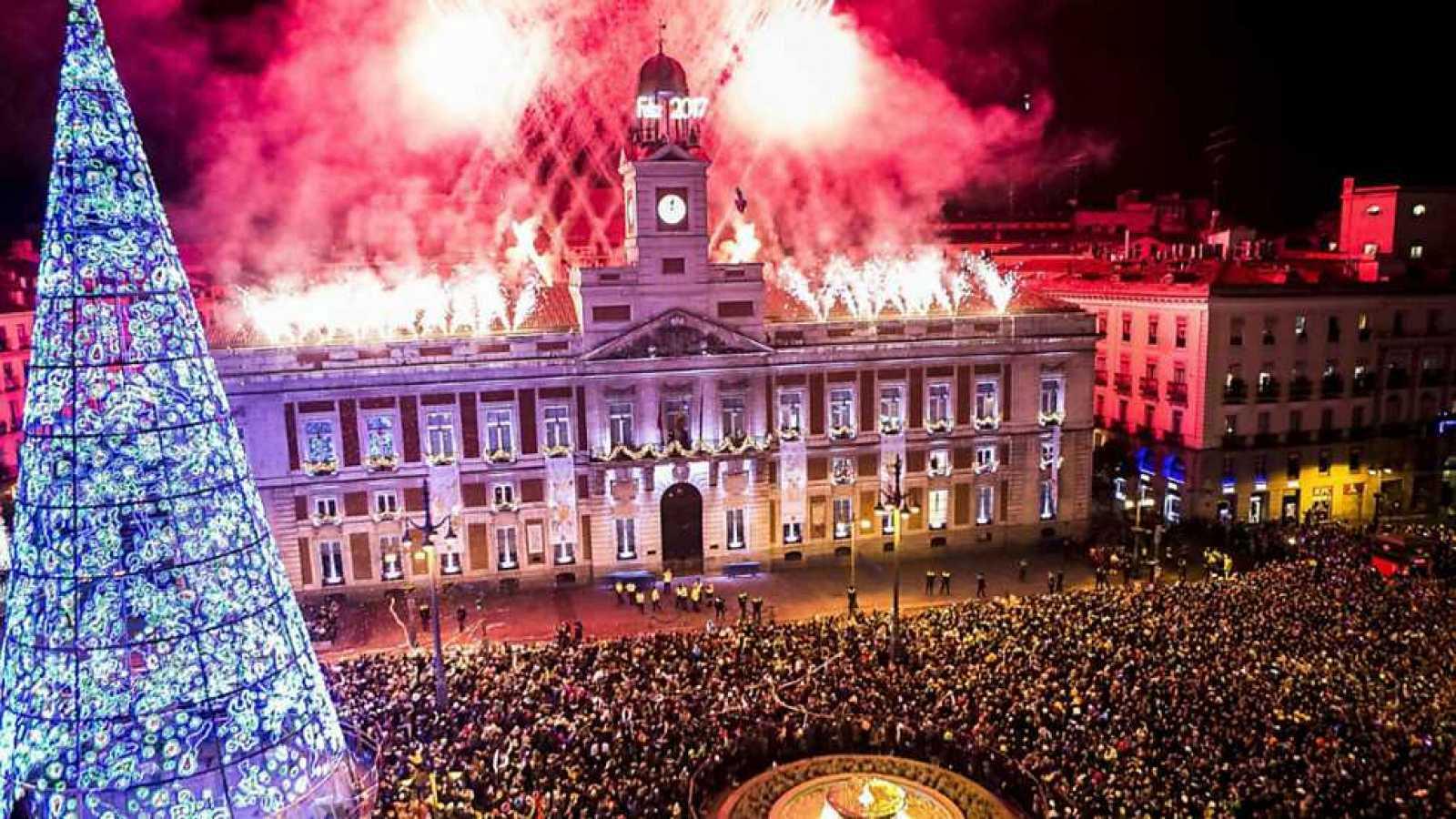 Boletines RNE - El reloj de la Puerta del Sol, preparado, también para Canarias - Escuchar ahora