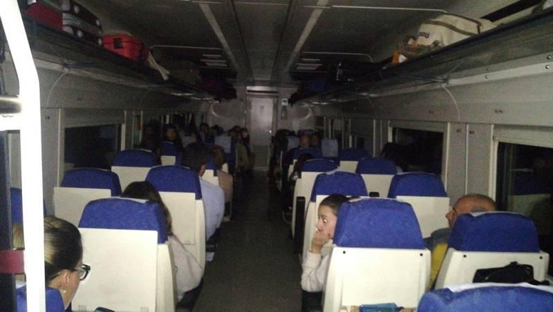 Las mañanas de RNE con Íñigo Alfonso - Pilar, afectada por una nueva avería de un tren extremeño - Escuchar ahora