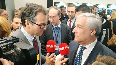 """Las mañanas de RNE con Íñigo Alfonso - Tajani: """"Si los británicos cambian de posición, mejor"""" - Escuchar ahora"""