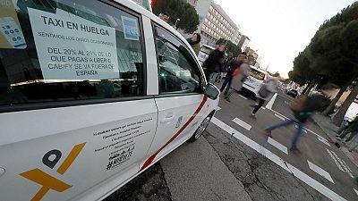 14 horas - Las claves del conflicto del taxi - Escuchar ahora