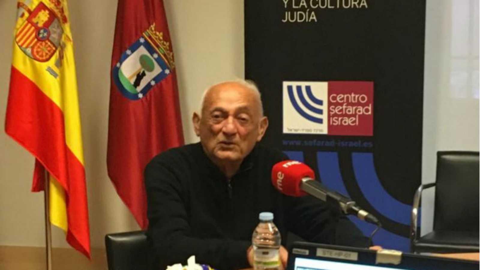 "Cinco continentes - Jacobo Drachman: ""De mi familia sobrevivimos cuatro al Holocausto"" - Escuchar ahora"