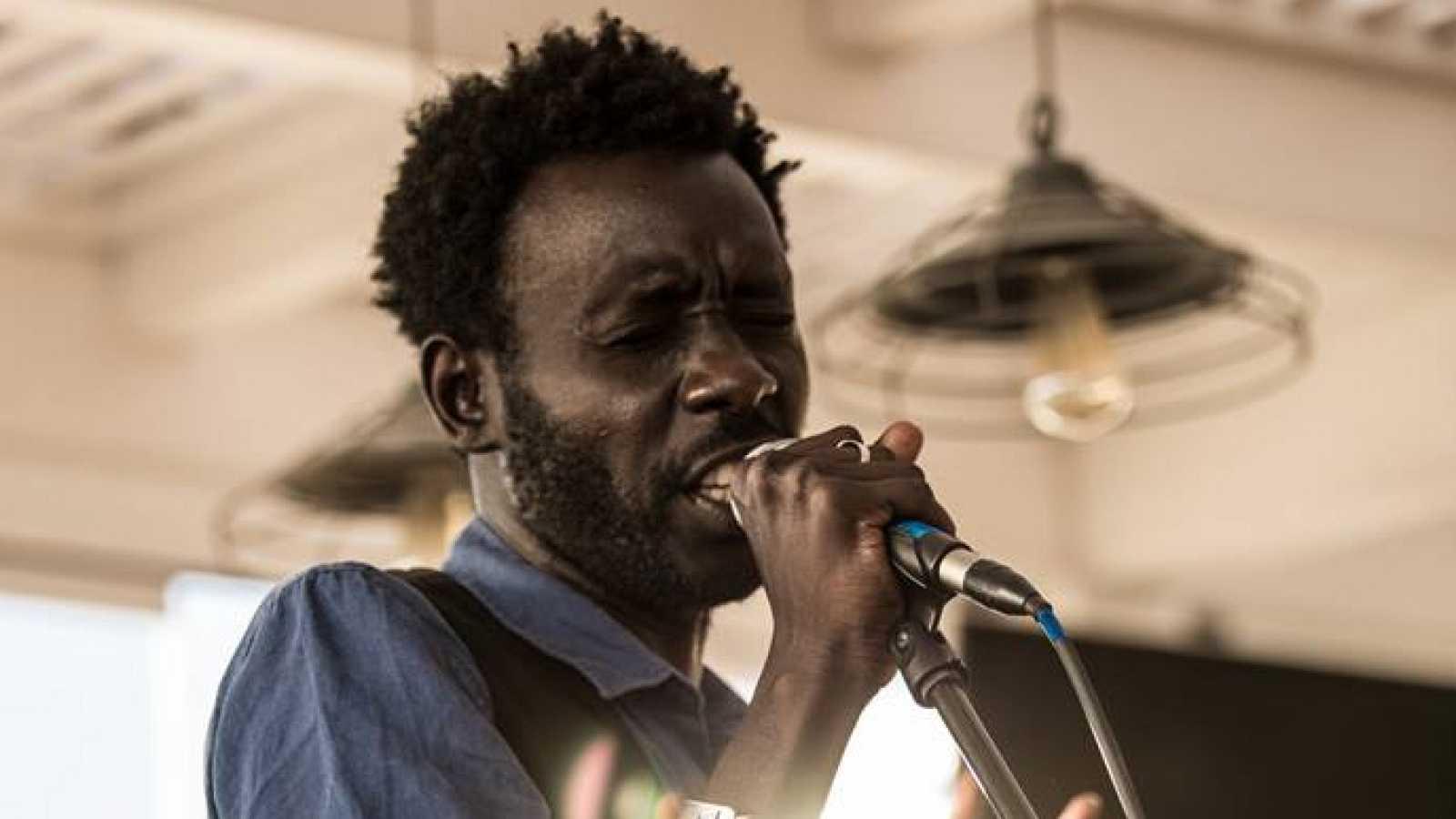 África hoy - El músico africano Birane Amar Wane tiende un puente musical entre Senegal y Andalucía - 24/01/19 - escuchar ahora