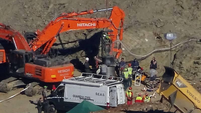 Informativos RNE - Julen - Desde el 13 de enero un trabajo ininterrumpido para rescatar a Julen - Escuchar ahora