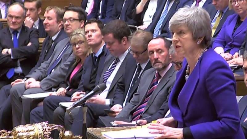14 horas - May busca renegociar el acuerdo del Brexit