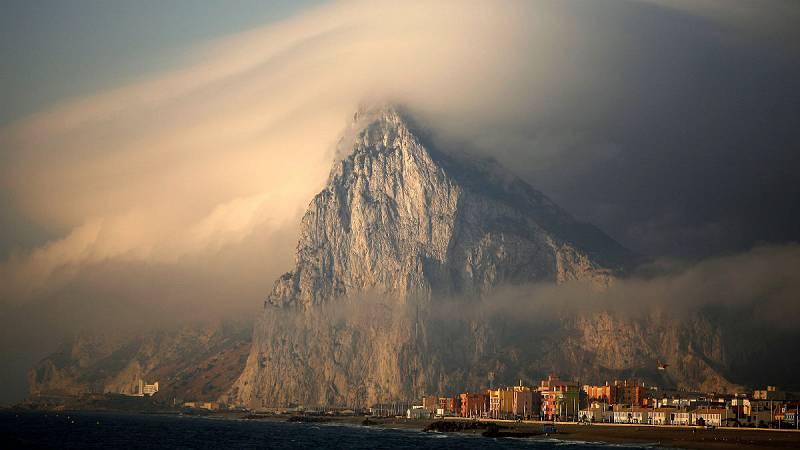 """14 horas - La UE enfada a Londres al calificar a Gibraltar de """"colonia"""" británica - Escuchar ahora"""