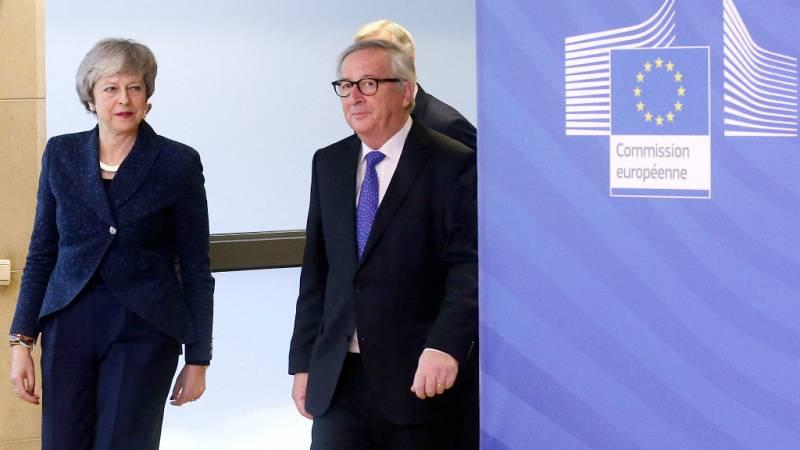 14 horas - May y Juncker acuerdan reunirse antes de finales de mes - Escuchar ahora