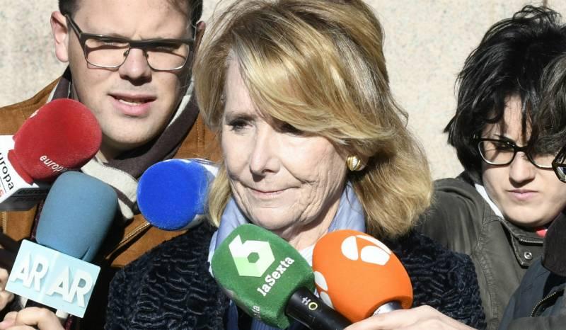 14 horas - Esperanza Aguirre niega que ordenara espiar a cargos del PP en Madrid - Escuchar ahora