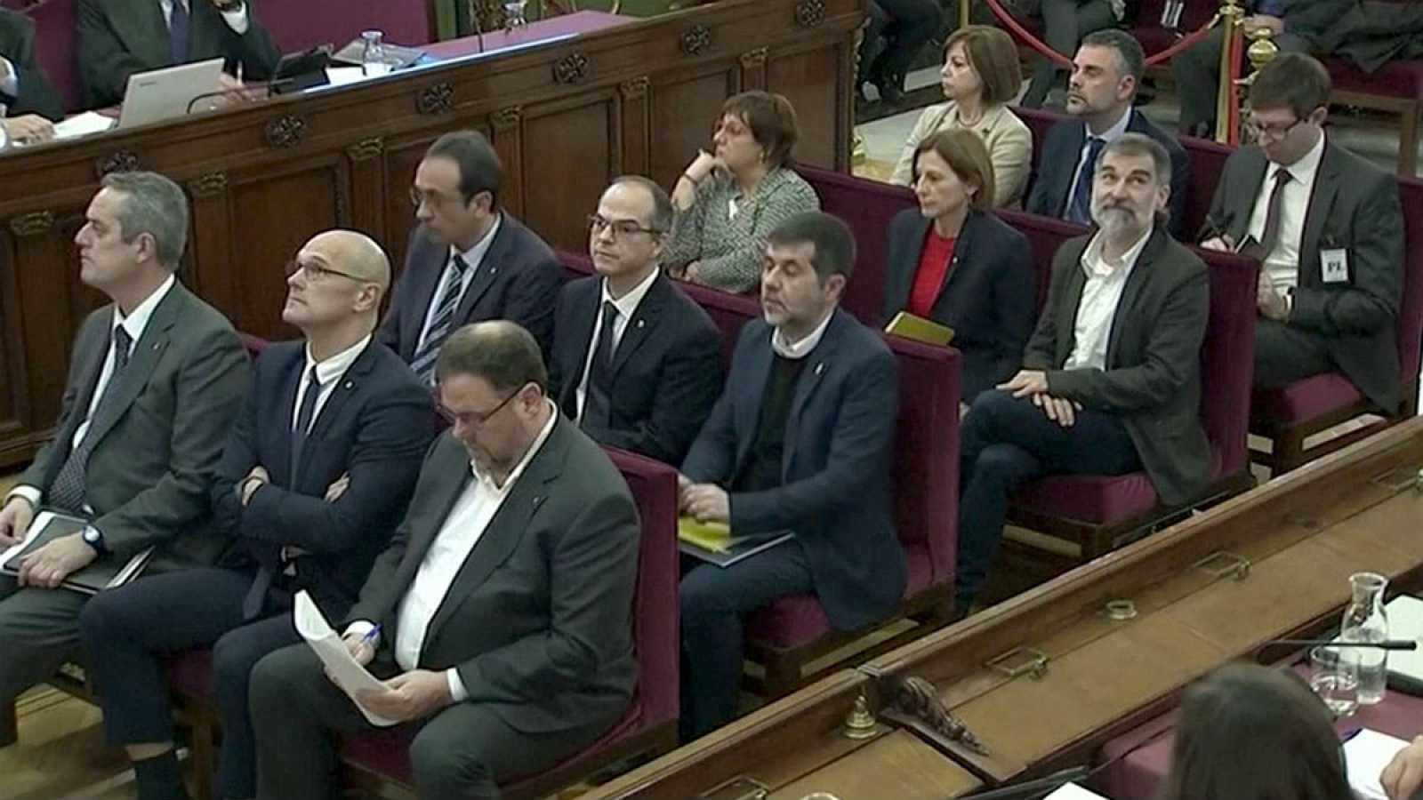 Boletines RNE - Arranca en el Supremo el juicio del procés - Escuchar ahora