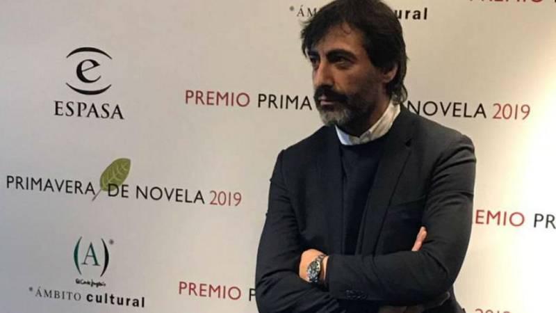14 horas - Juan del Val, Premio Primavera de literatura - escuchar ahora