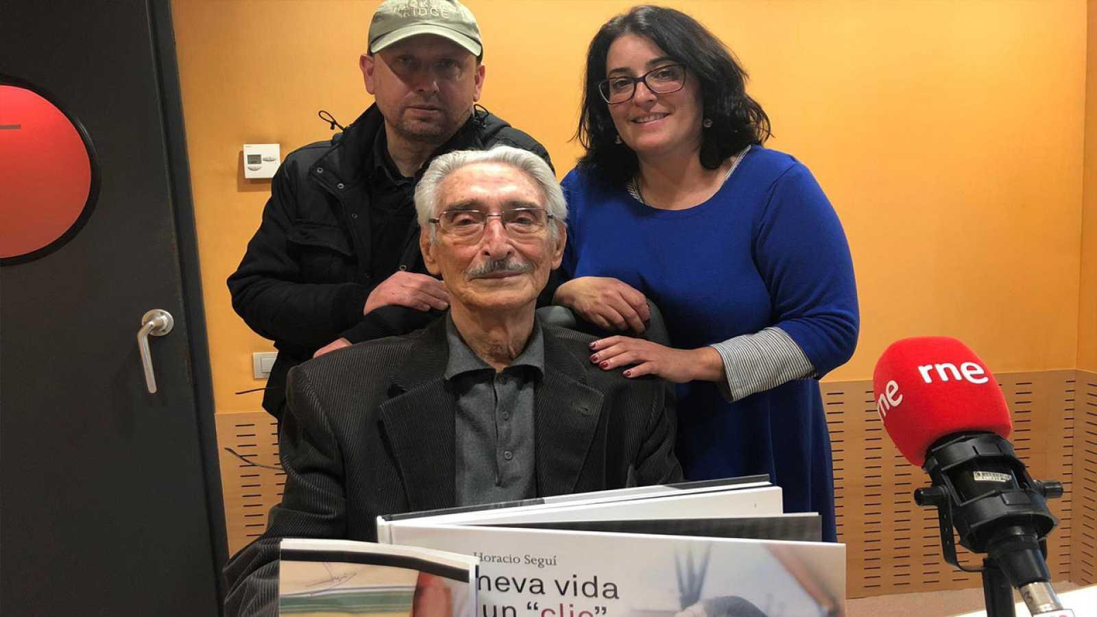 Llibres, píxels i valors - Machado, memòria republicana. Horacio Seguí, fotògraf total. Desmuntant Leica. Joan Vall Karsunke