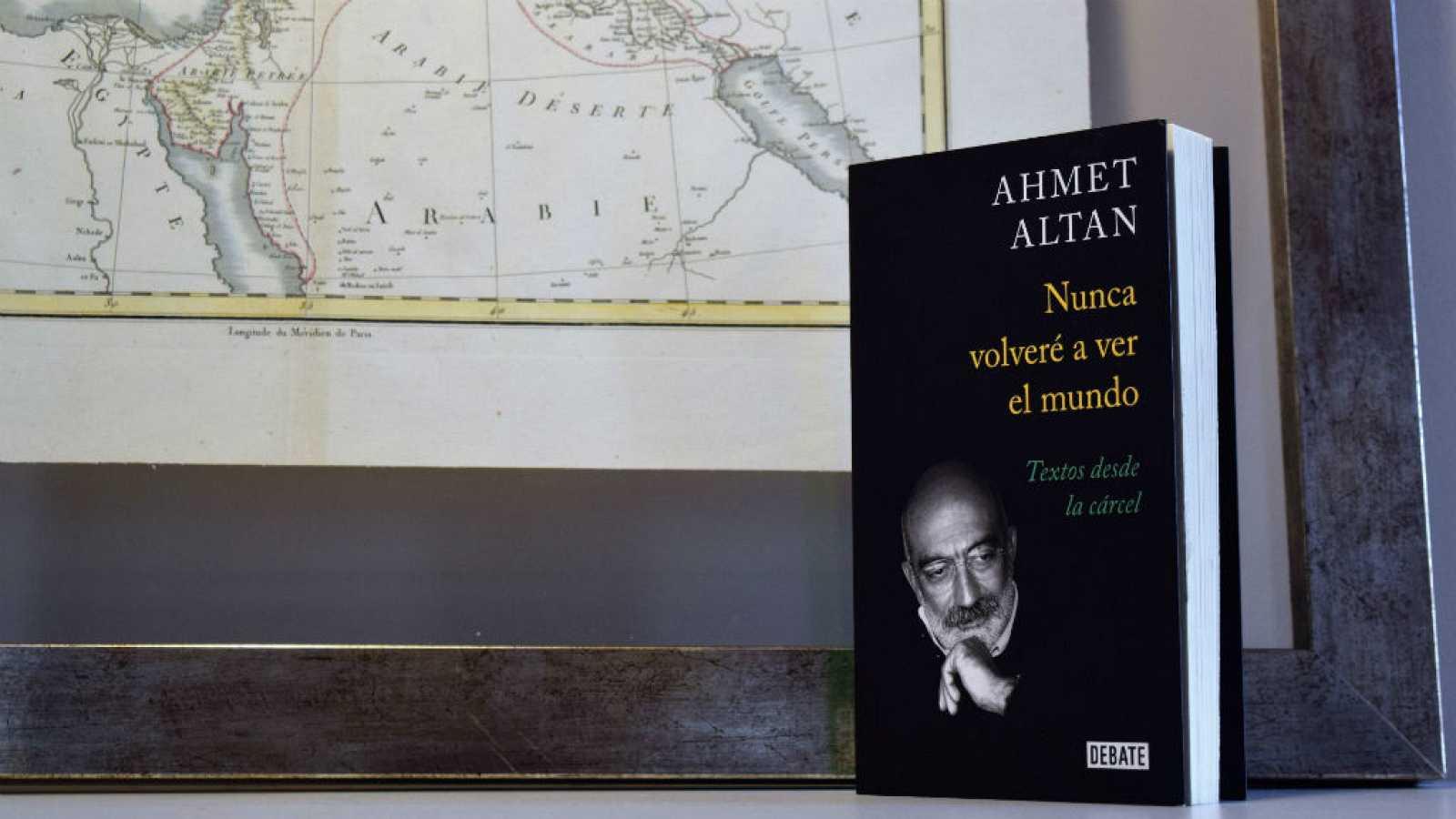 Oxiana - Ahmet Altan   Nunca volveré a ver el mundo - Escuchar ahora
