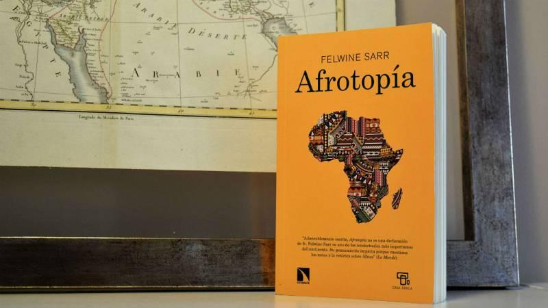 Oxiana - Felwine Sarr | Afrotopía - Escuchar ahora