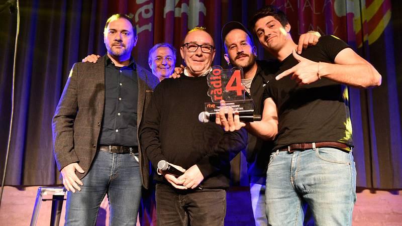 Els Catarres, han donat les gràcies pel premi als oients que els han votat i per votar la música en català