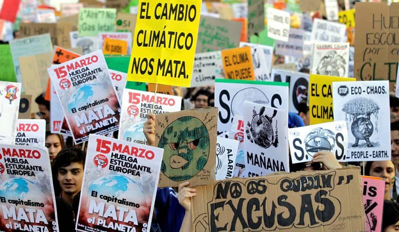 14 horas - 50 ciudades españolas se unen a la huelga del clima - Escuchar ahora