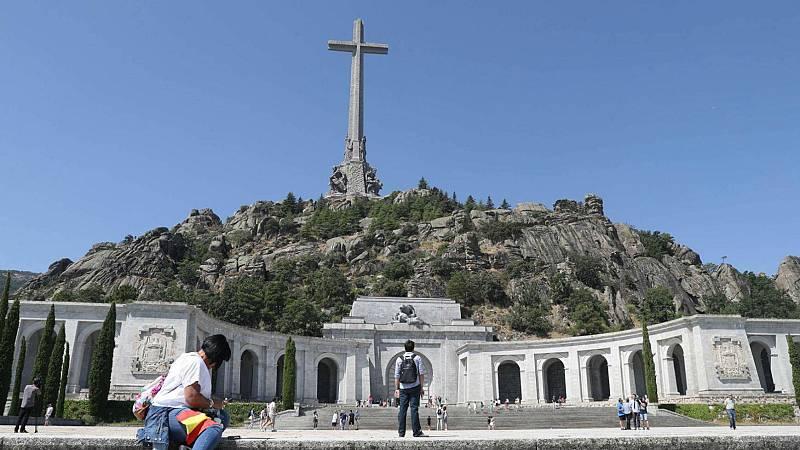 14 horas - El Gobierno propone el traslado de los restos de Franco a El Pardo el 10 de junio - escuchar ahora