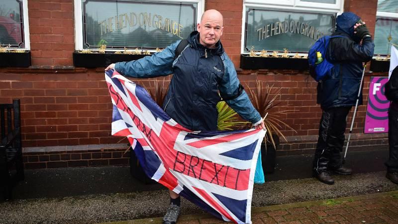 Las mañanas de RNE con Íñigo Alfonso - El Reino Unido continúa sumido en el caos político  - Escuchar ahora