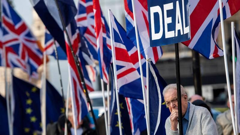 Las mañanas de RNE con Íñigo Alfonso - El Parlamento británico vota por tercera vez el plan pactado por May con Bruselas - Escuchar ahora