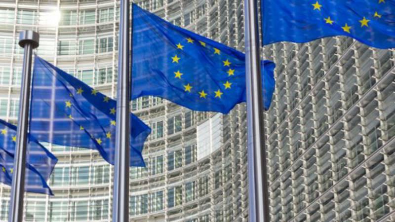 Boletines RNE - Bruselas celebrará una cumbre sobre el nuevo reto del Brexit - escuhar ahora