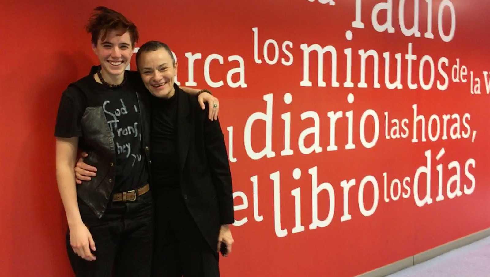 Complementarios - Cómo superar los traumas y la defensa de la diversidad sexual de Alex Silleras - 7/04/19 - Escuchar ahora