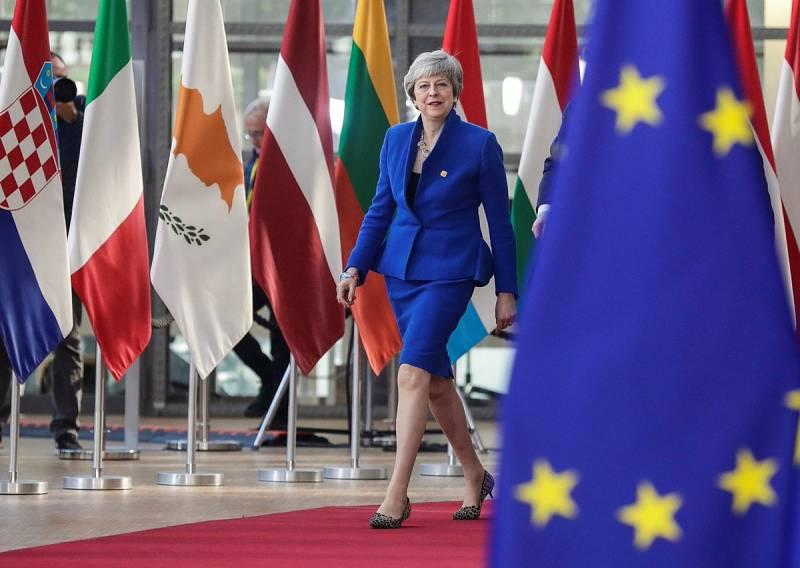 24 horas - Los 27, pendientes de Theresa May - Escuchar ahora