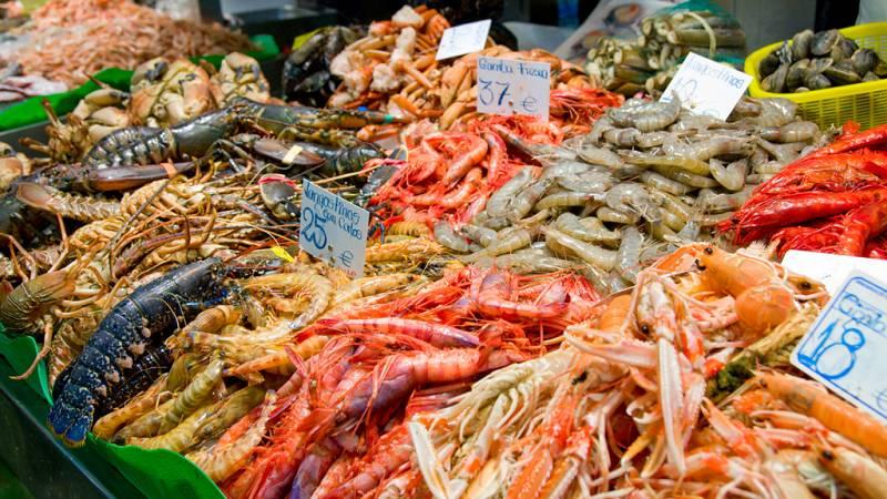 Españoles en la mar - Pescados y mariscos de España  - escuchar ahora