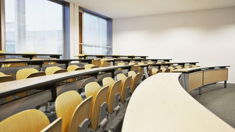14 horas - Dos de cada diez universitarios abandonan los estudios antes de terminar la carrera - Escuchar ahora