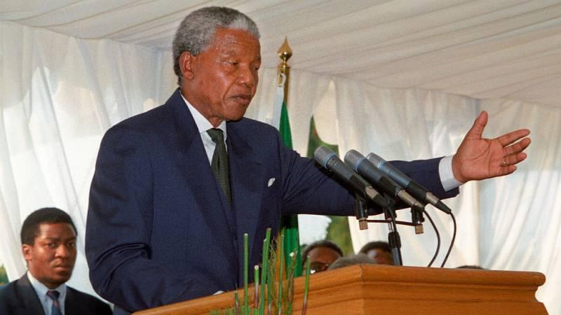 Las mañanas de RNE con Íñigo Alfonso - 25 años de las elecciones históricas que ganó Mandela en Sudáfrica - Escuchar ahora