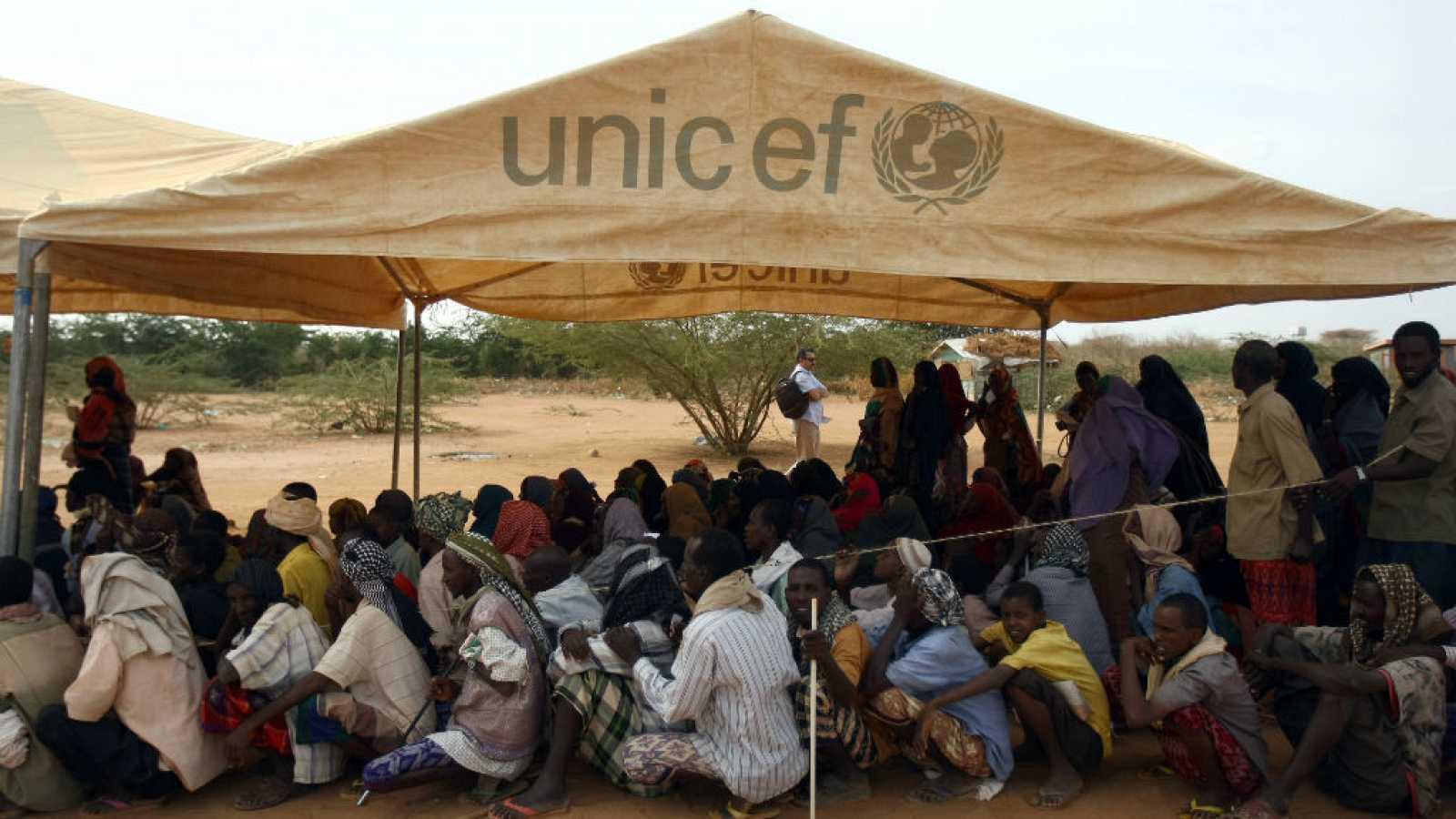 Boletines RNE - Cinco Continentes de RNE, premio 'Comunica' de UNICEF - Escuchar ahora