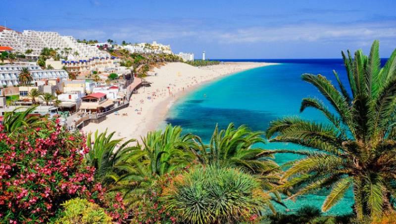 Todo Noticias Tarde - Baleares y Canarias recuperan el turismo español - Escuchar ahora
