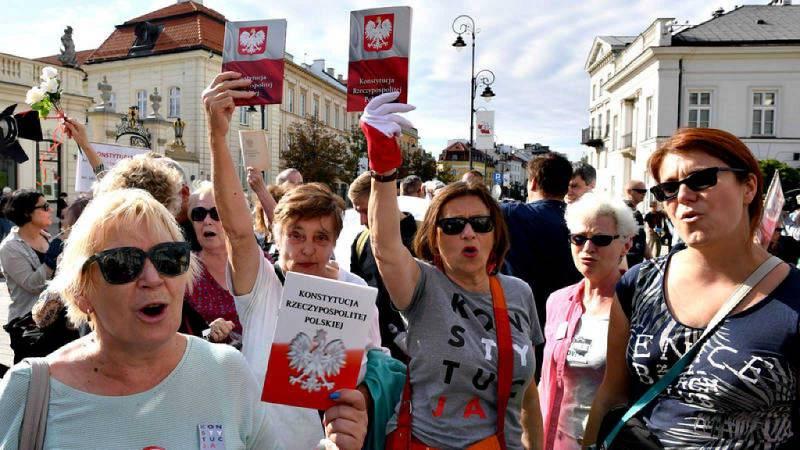 Reportajes 5 Continentes - En Polonia, el estado de derecho en juego - Escuchar ahora