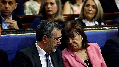 Boletines RNE - El socialista Manuel Cruz elegido presidente del Senado por amplia mayoría - Escuchar ahora