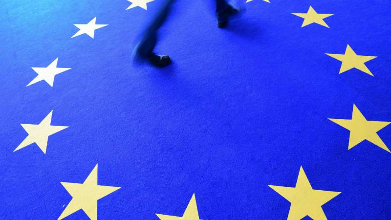 Las mañanas de RNE con Íñigo Alfonso - Europa rompe con el bipartidismo aunque el PP sigue siendo primera fuerza - Escuchar ahora