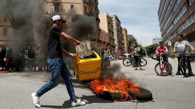 Las mañanas de RNE con Íñigo Alfonso - La muerte de un repartidor de Glovo y la precariedad laboral - Escuchar ahora