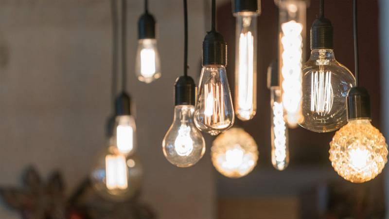14 horas - La electricidad baja un 12% en mayo, pero sigue siendo cara - escuchar ahora