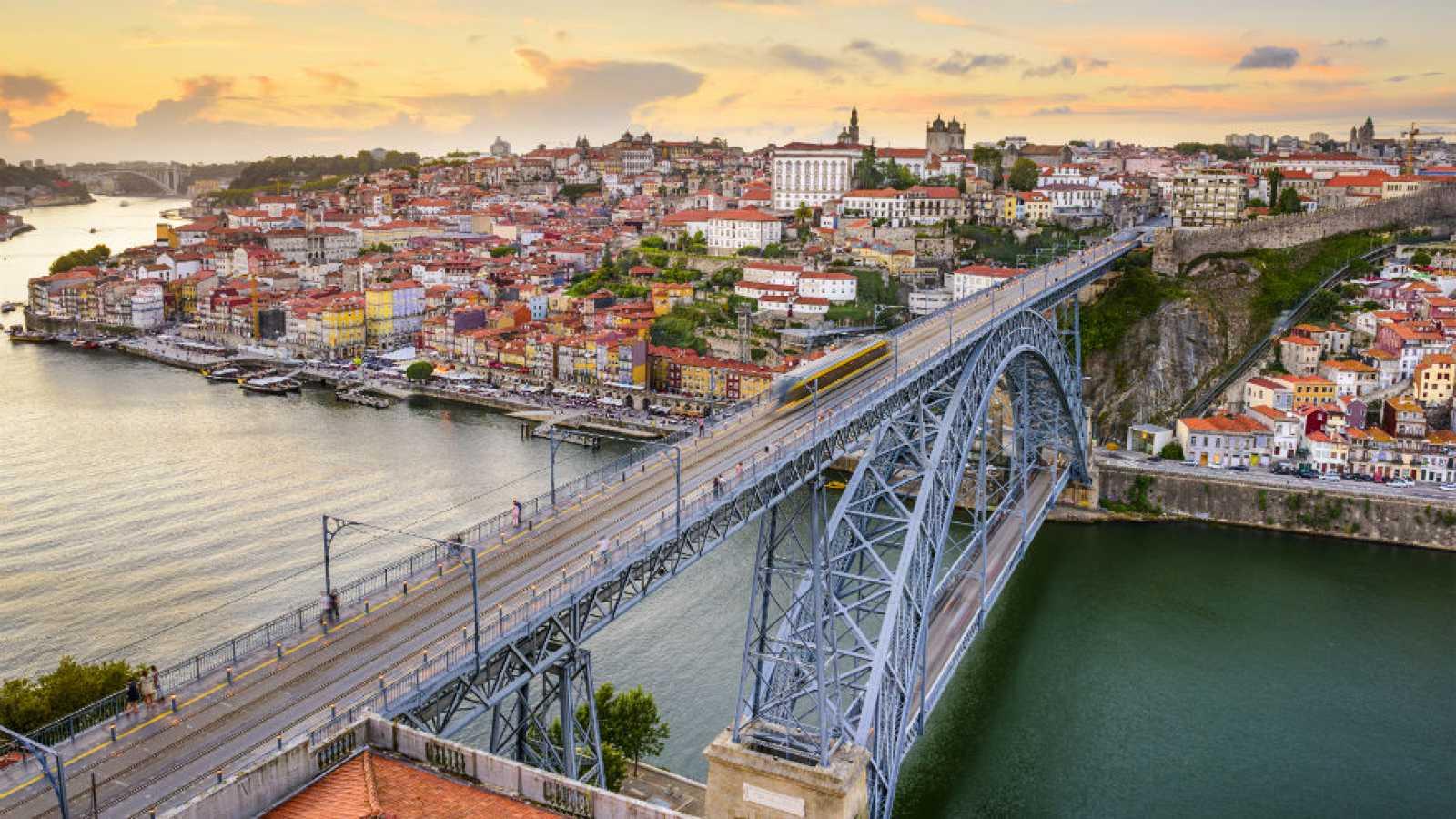 Canal Europa - Ciudades europeas: Cinco edificios de Oporto - 02/06/19 - escuchar ahora